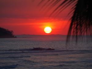 Sunset at Surfers Paradise Hostel, Santa Catalina