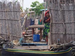 Kuna woman in traditional dress, San Blas, Panama