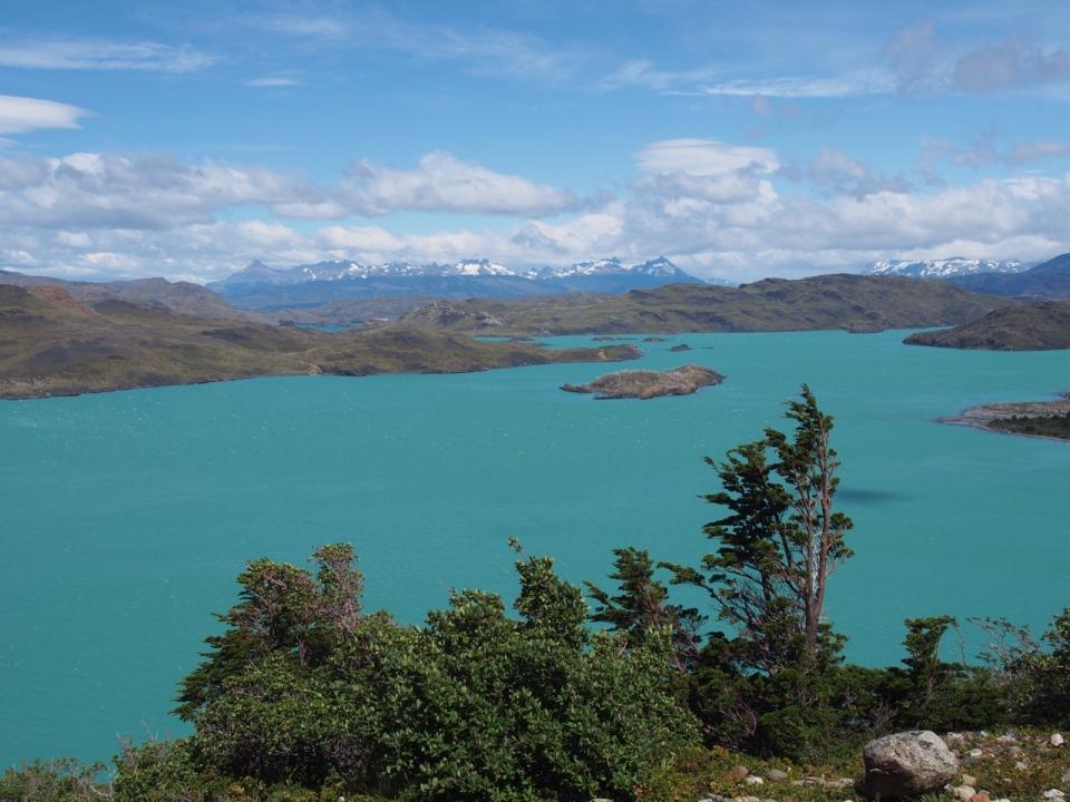Torquoise lake of Lago Nordenskjöld